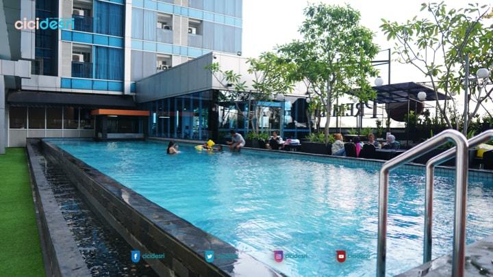 kolam renang best western premier hotel