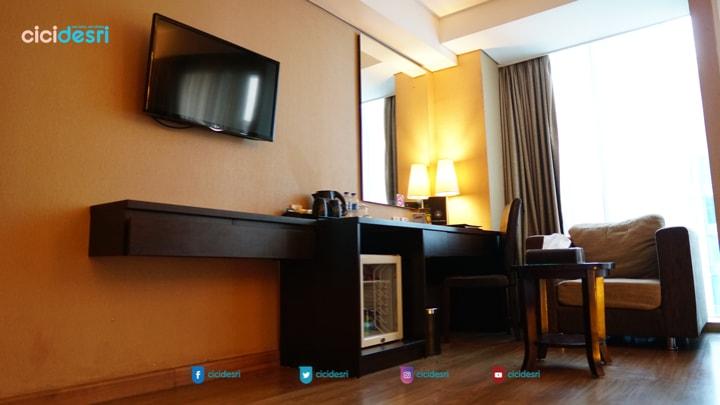 staycation di best western premier hotel