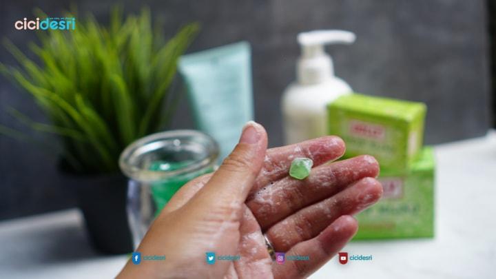 review holly sabun hijau