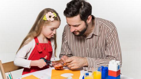 https://cicidesri.com/manfaat-belajar-menggunting-dan-menempel-gambar-untuk-anak