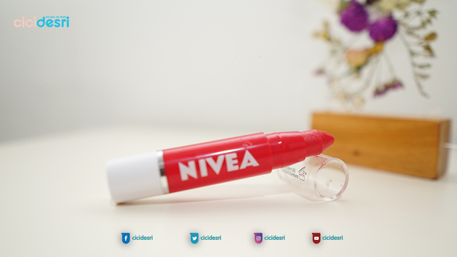 nivea lip crayon shade, nivea lip crayon poppy red